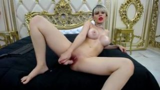 Luxurious Honey Desires To Have Fun With You