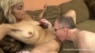 Youthfull Blondie Fuckslut With A Cock-squeezing Figure Pummels An Elder Dude